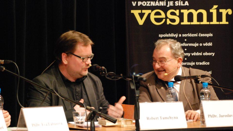 Moderátor Robert Tamchyna a PhDr. Jaroslav Šturma, dětský psycholog