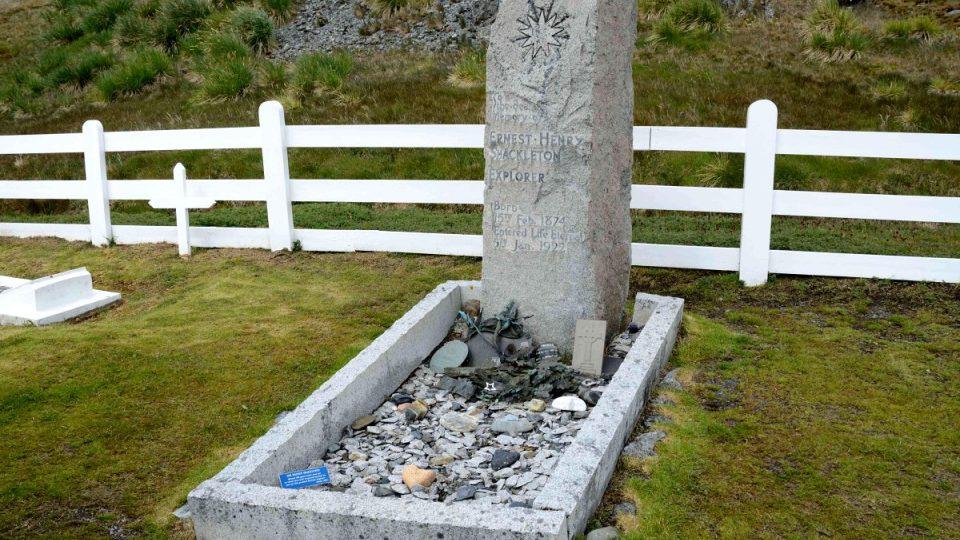 Hrob Ernesta Shackletona na ostrově South Georgia