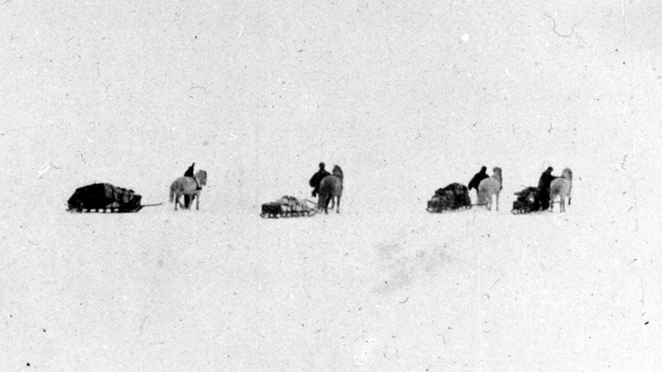 Životy jeho mužů pro něj byly vždy důležitější než dosažení cíle jednotlivých výprav, říká o Ernestu Shackletonovi kanadský historik