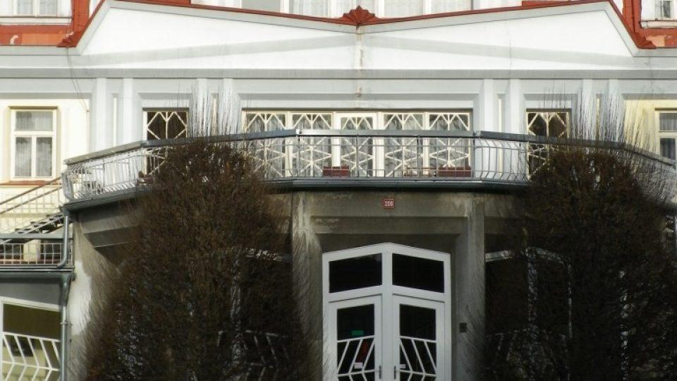 Detail Lázeňského pavilonu Josefa Gočára