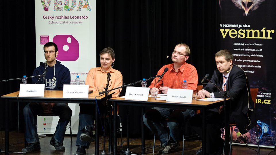 Elektromobily a elektromobilita, Jan Horčík, Jaromír Marušinec, Marek Kuchařík