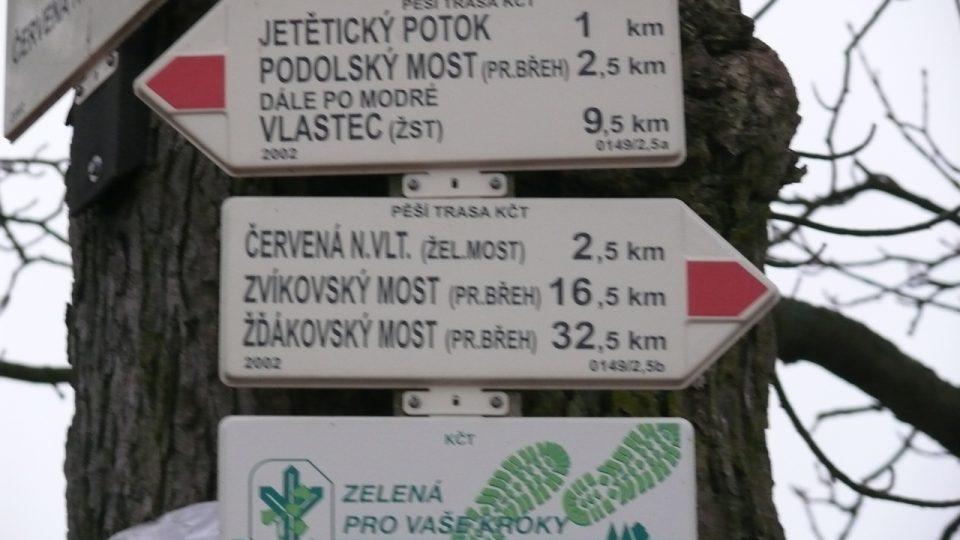 Rozcestník vlakové nádraží Červená n.Vlt.