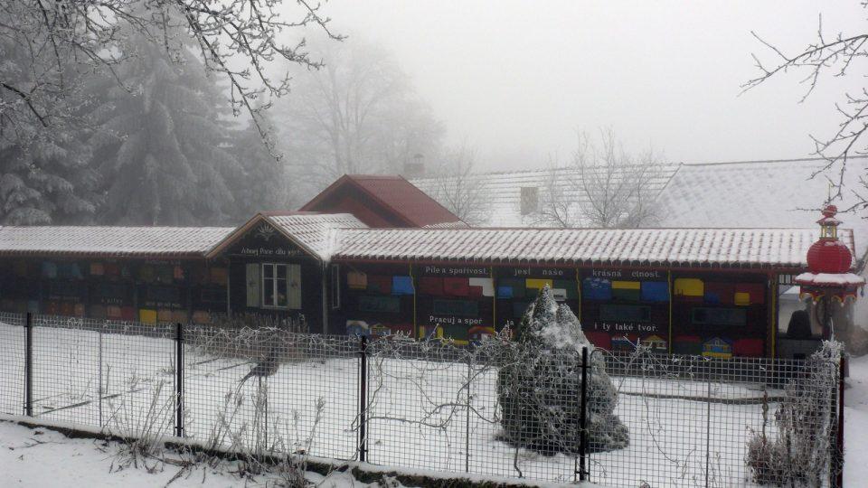 Krušlovský včelín v zimě VI.