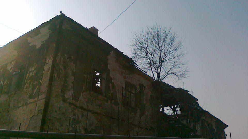 Zámek v Ropici
