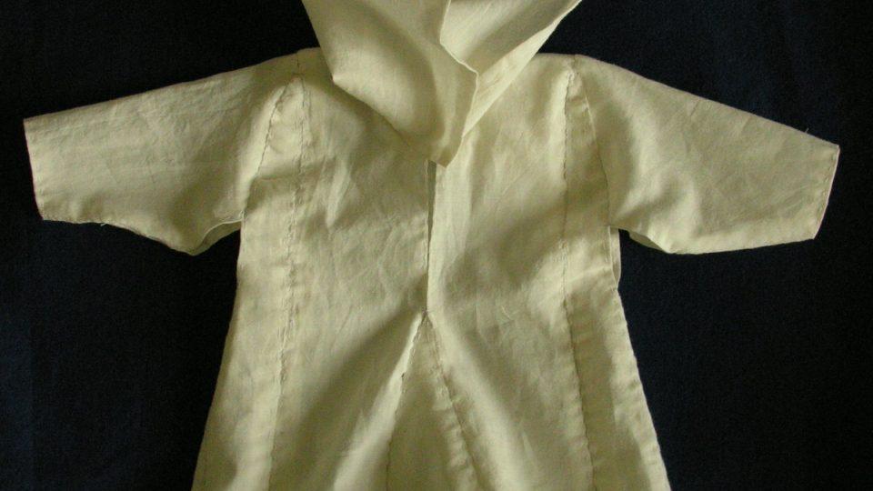Rekonstruovaná podoba košilky