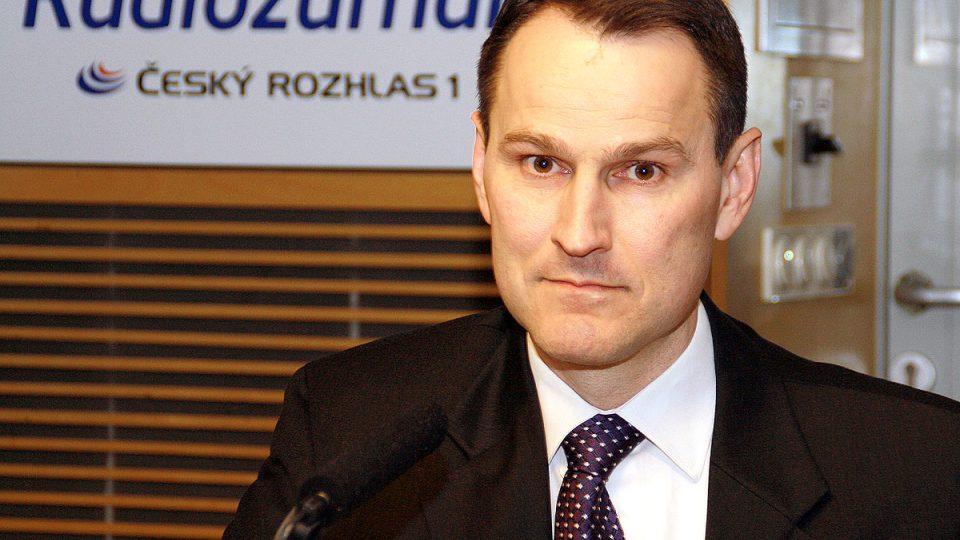 Novinář Erik Best popsal svůj názor na korupci a české politiky