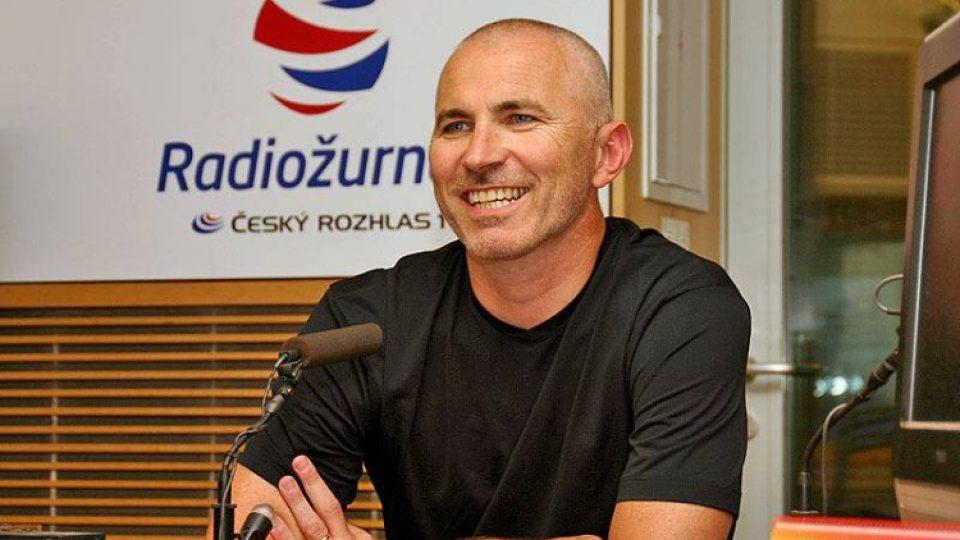Petr Fejk ve studiu Radiožurnálu mluvil o úspěších, ale i o těžkých chvílích, kterými Zoo Praha pod jeho vedením prošla