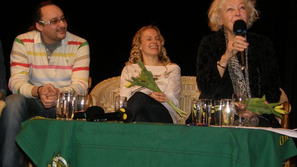 Marián Vojtko, Johana Gazdíková a Květa Fialová