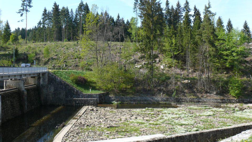 Soběnovská přehrada, řeka Černá