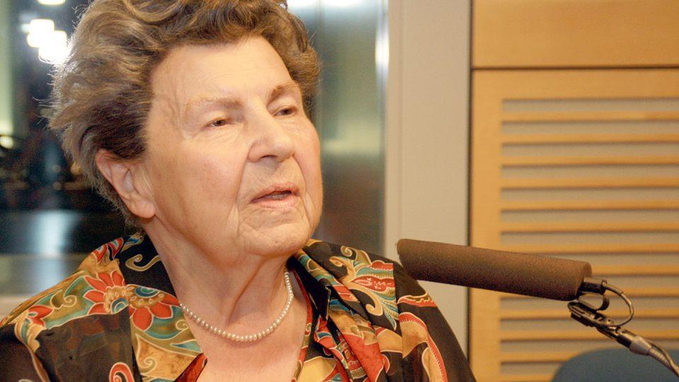 Jiřina Prekopová odpověděla i na výtky vůči metodě pevného objetí