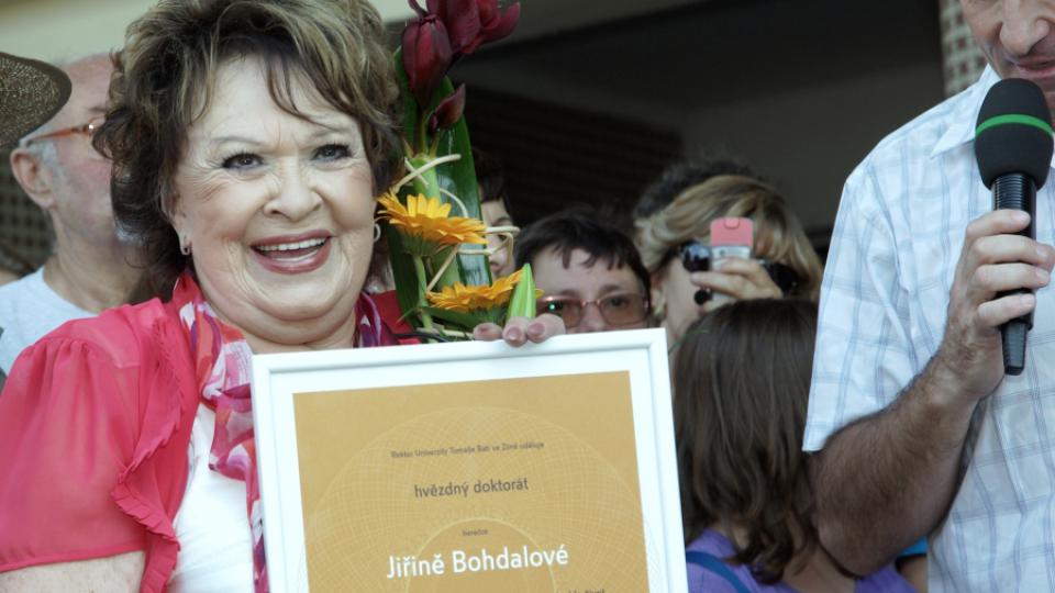 Čestný doktorát pro herečku Jiřinu Bohdalovou