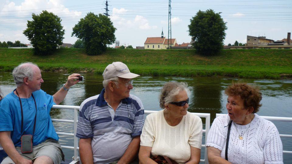 Plavili se s námi rodiny s dětmi i senioři