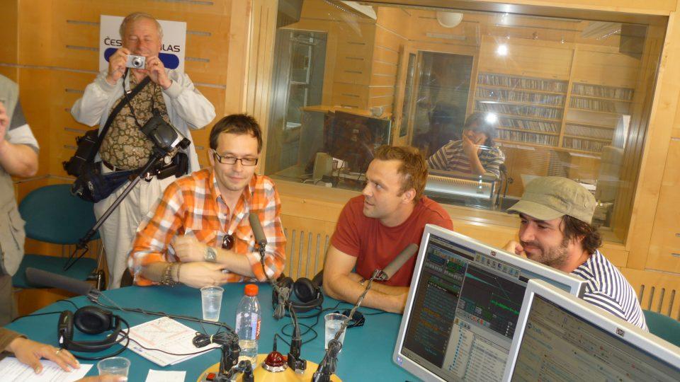 V další hodině prodlouženého Apetýtu plus byli hosty herci Slováckého  divadla z Uherského Hradiště - Jožka Kubáník, Tomáš Šulaj a Zdeněk Trčálek