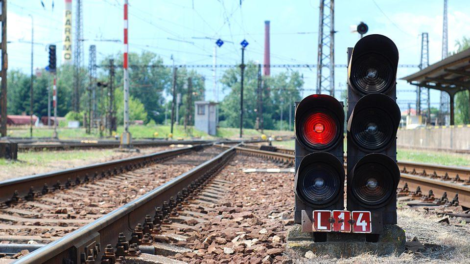 Všechny vlaky dnes mají červenou