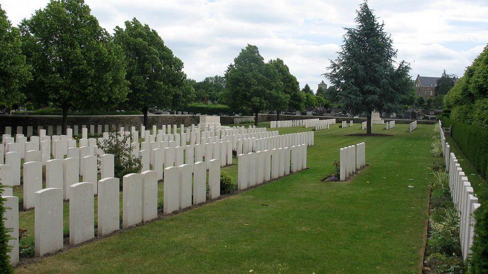 Na tomto hřbitově se sešly příbuzné, které o sobě 70 let nevěděly