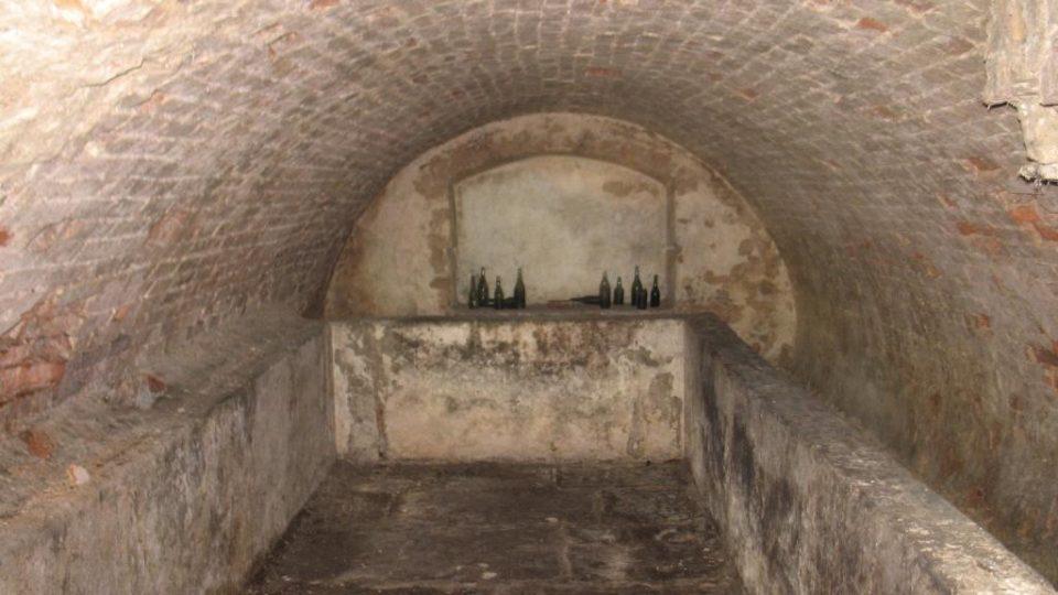 Semínský zámek s pivovarem - sklepní hospodářství