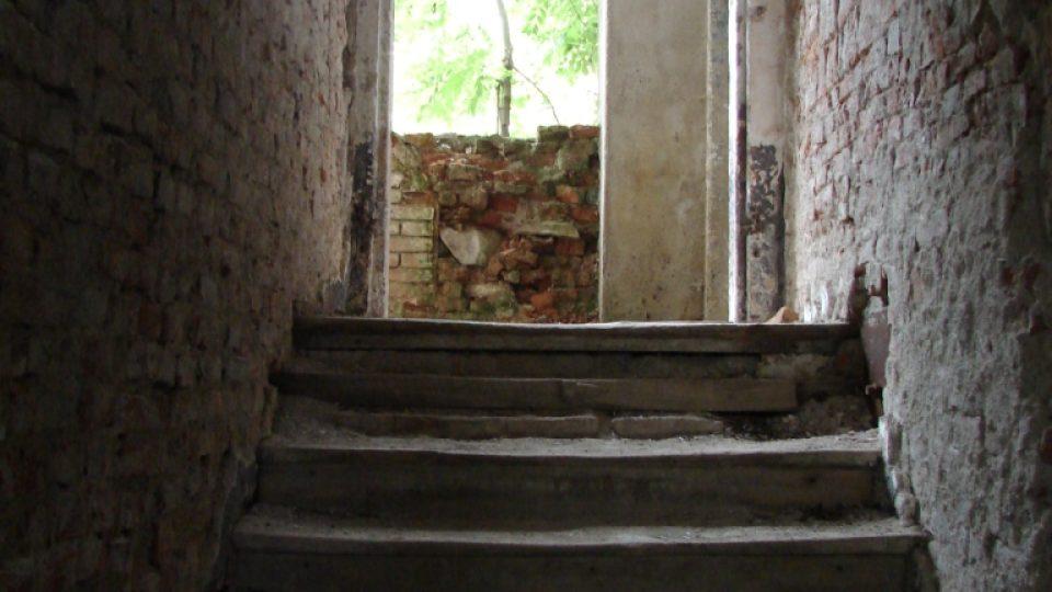Zámeček Lipka - schodiště do prvního patra