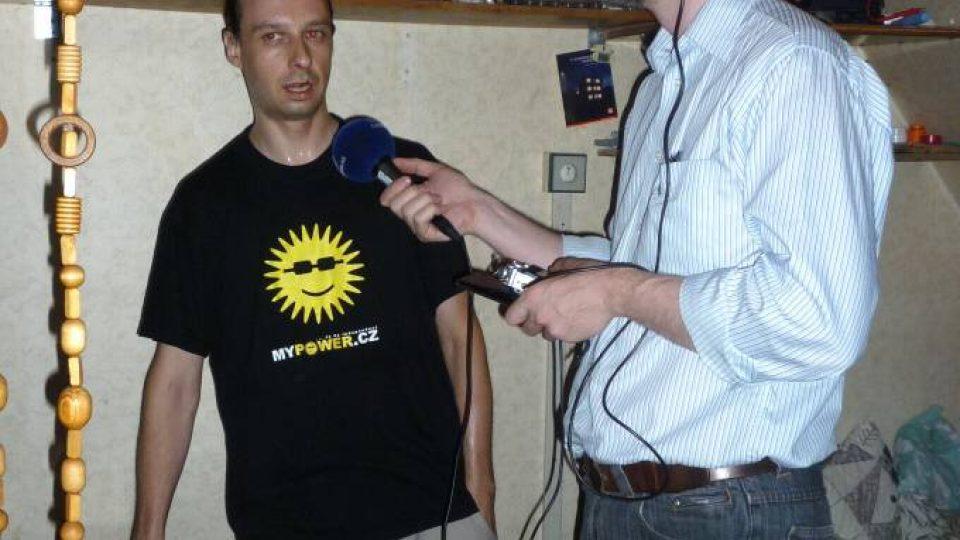 Den třetí - Filip Pospíšil na svém fotovoltaickém ostrově