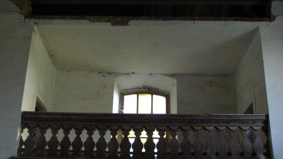 Kostel Zvěstování Panny Marie v Janovičkách - kůr