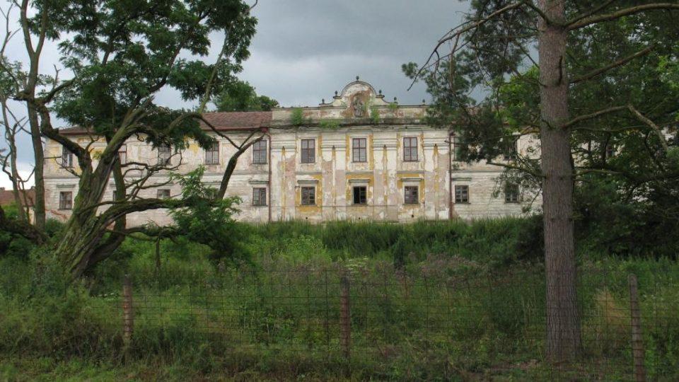 Zámek Biskupice u Jevíčka - část zámeckého parku