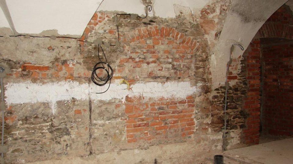 Zámek Orlice u Letohradu - v interiérech je spoustu přezděných místností a prostor