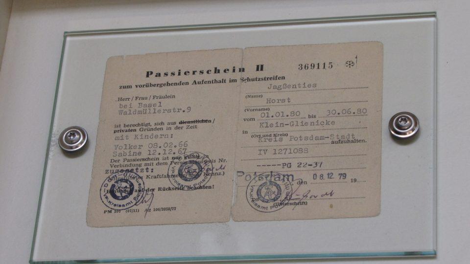 Průkaz opravňující ke vstupu do Klein-Glienicke