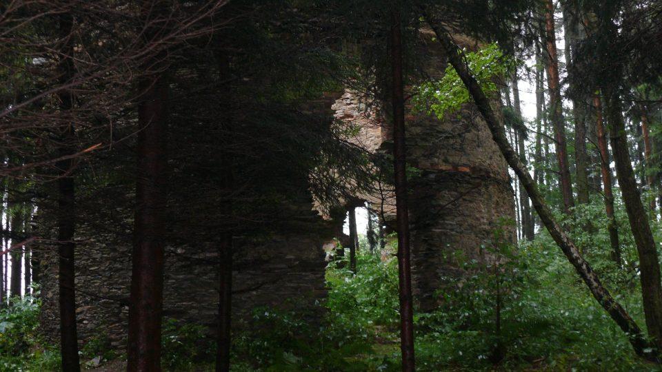 Zřícenina větrného mlýna u Radvanova