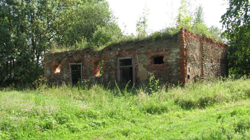 Fara ve Svinčanech - hospodářské budovy