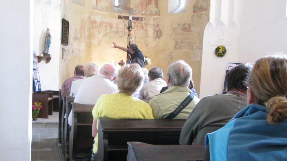 První i druhou přednášku prof. Royta poslouchal vždy zaplněný kostel