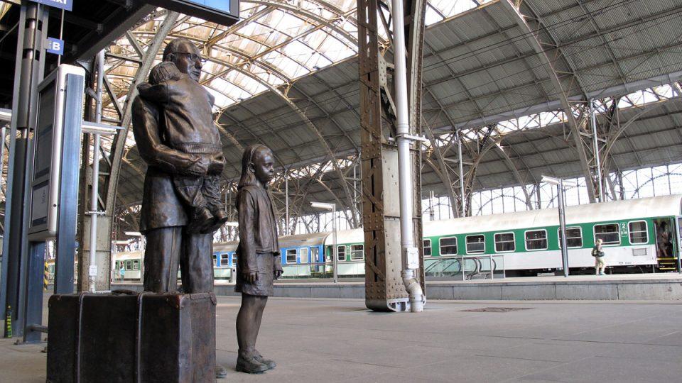 Památník byl odhalen 1. 9. 2009 při odjezdu Winton Trainu na památku posledního transportu, který už 1. 9. 1939  neodjel