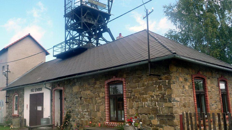 O důl Řimbaba se dnes stará skupina nadšenců