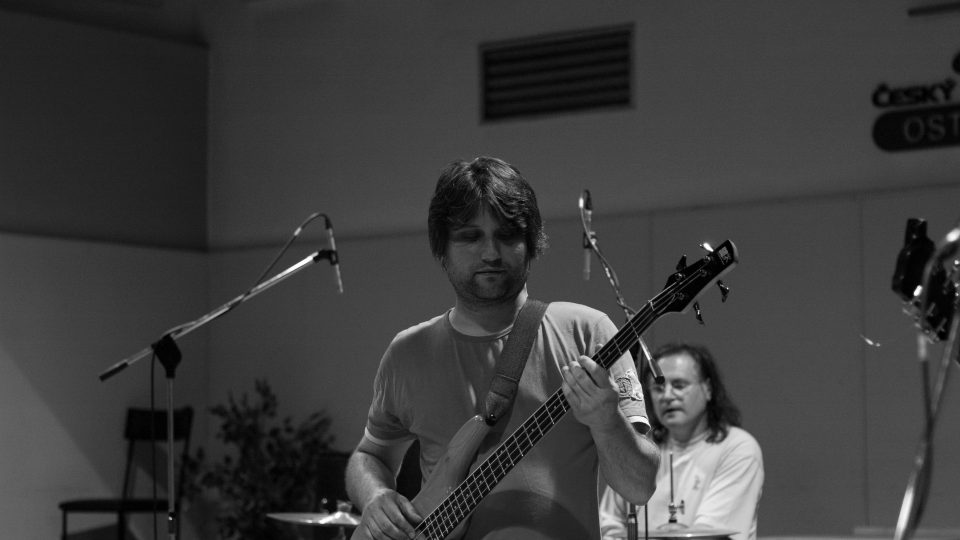 Koncert kapely Ležérně a vleže ve Studiu 1