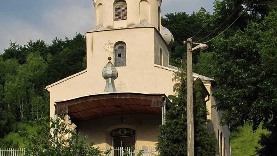 Středem vesnice je kostel