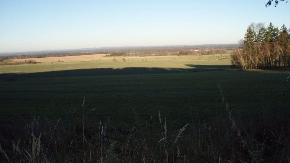 Starosta obce Dunajovice přislíbil, že by na Dunajovické hoře mohla stát do třech let rozhledna, tedy do roku 2014, právě takový by z ní byl výhled