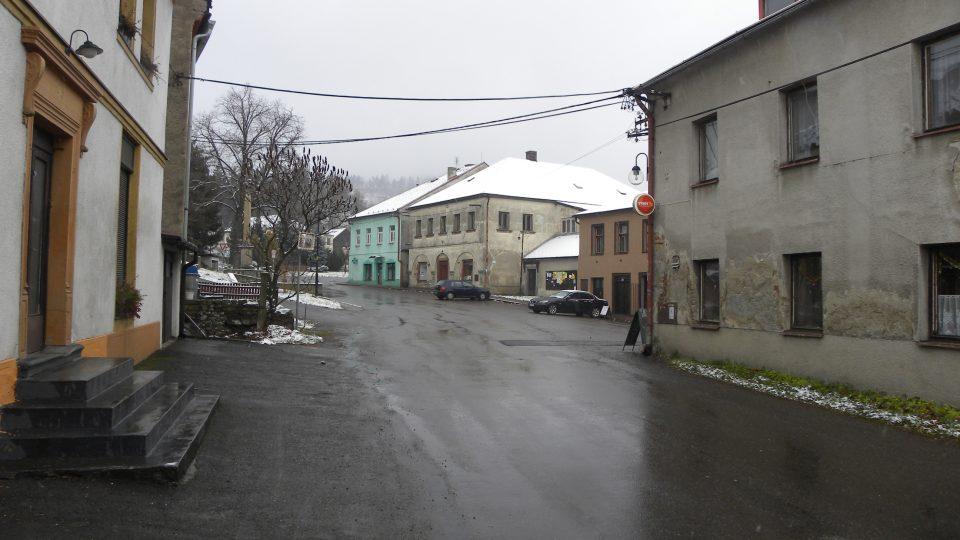 Náměstíčko v Mladkově