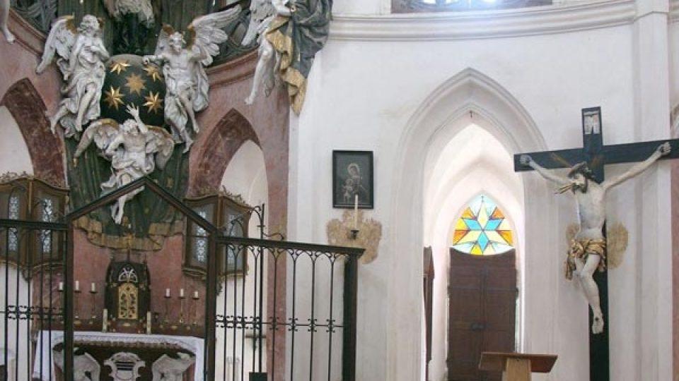 Interiér poutního kostela