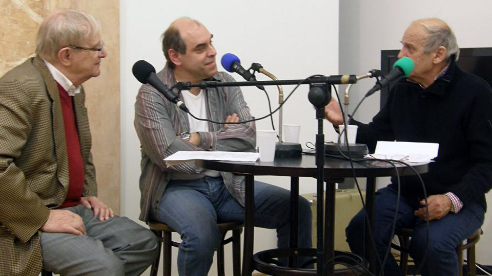 Jiří Suchý, Miroslav Táborský a Jiří Anderle při veřejné nahrávce pořadu Dva v Africe (leden 2012)