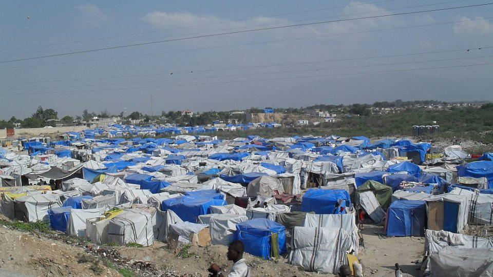 Haiti - uprchlický tábor