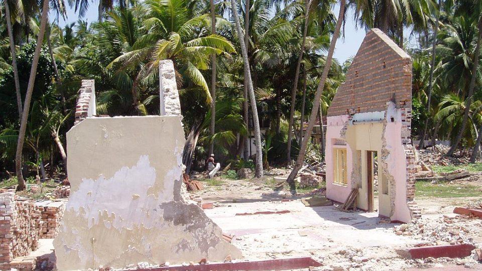 Srí Lanka - devastace po tsunami
