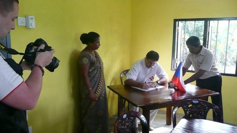 Srí Lanka - slavnostní otevření Česko-Slovenského vzdělávacího centra