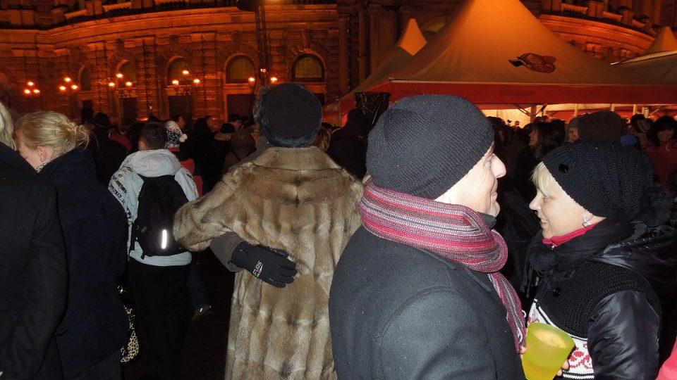 Drážďanský ples v opeře je zřejmě jediným plesem, který se koná pod širým nebem