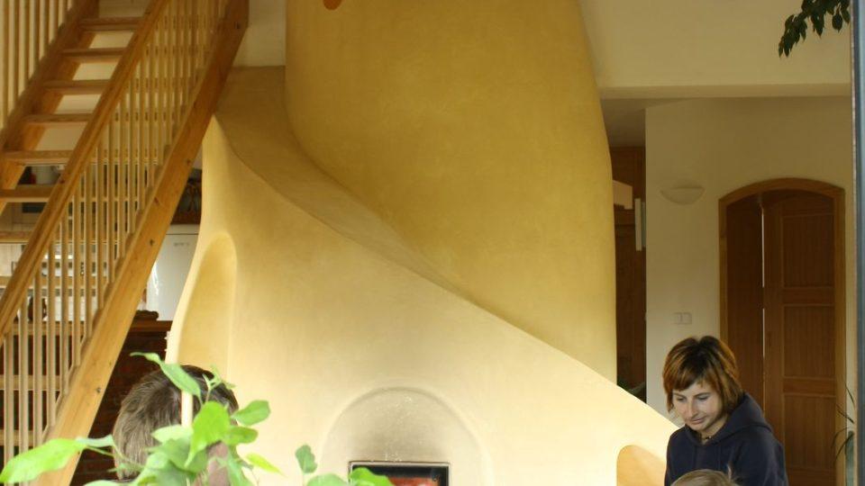 Kamna inspirovaná přírodou, tvarem připomínají termitiště