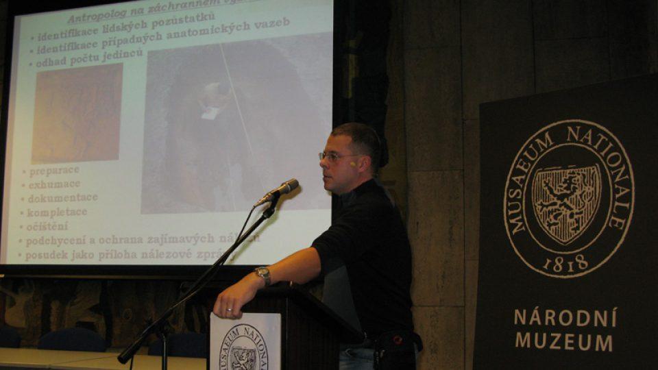 Mgr. Jiří Kala na konferenci Archeologie & antropologie