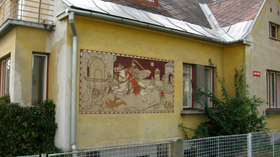 Sgrafita zdobí v Novém Městě na Moravě i některé domy