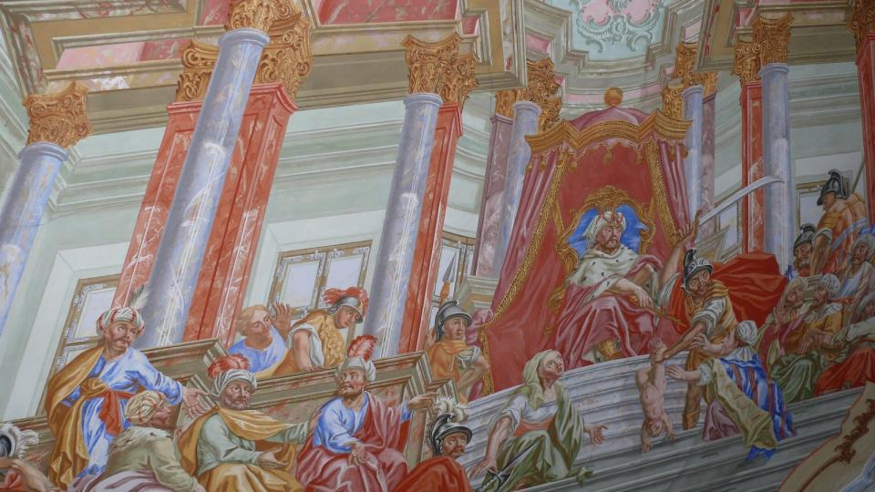 Knihovna cisterciáckého kláštera ve Vyšším Brodě je vyzdobena mnohými freskami.