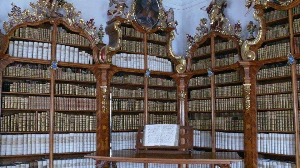 Teologická knihovna cisterciáků ve Vyšším Brodě.