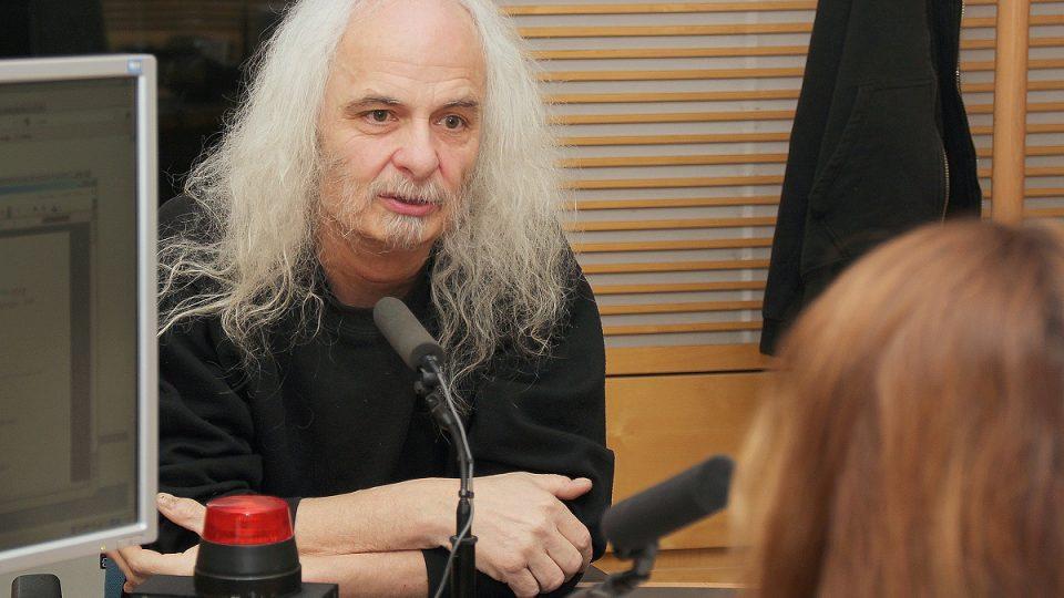 Josef Rauvolf ve studiu