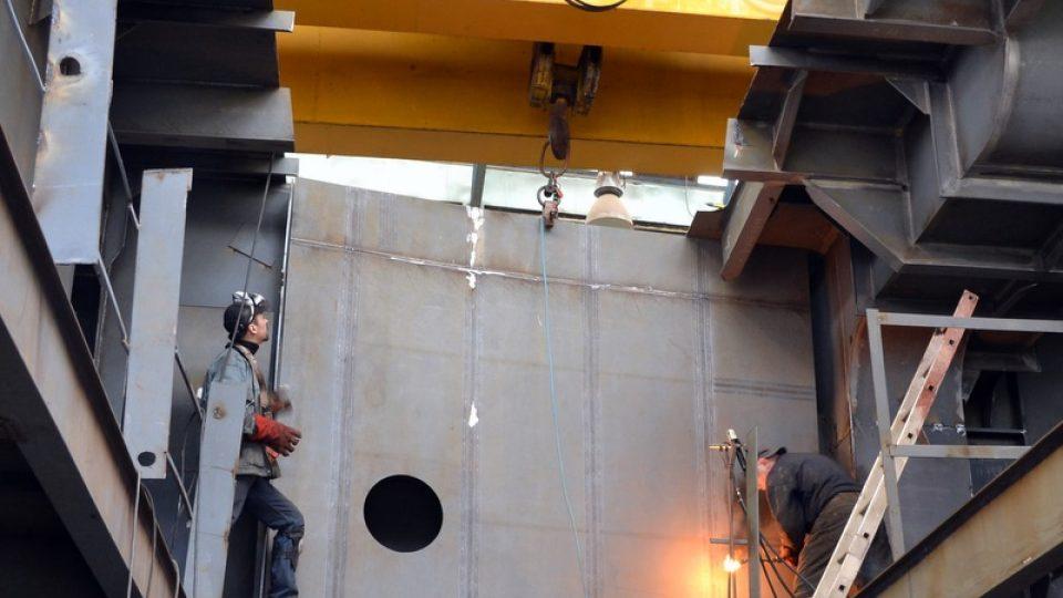 V děčínských loděnicích staví novou loď