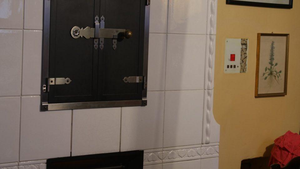 Cesta za teplem do centra Jindřichova Hradce ukazuje spojení současných principů vytápění s odkazem a respektem k bohaté historii gotického domu
