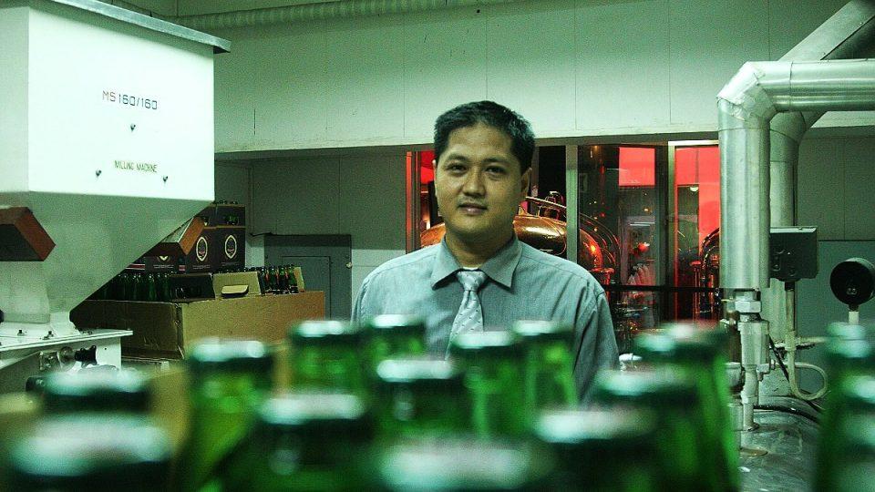 Podle Joela začínají Filipínci objevovat pivo